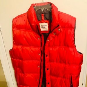 Men's puffer vest!